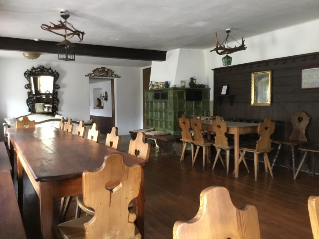 Historisches Wirtshaus mit Biergarten in Sinzing bei Regensburg